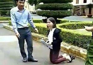 Vụ nữ giáo viên quỳ trước UBND tỉnh: 'Tôi tiếp tục khiếu nại'