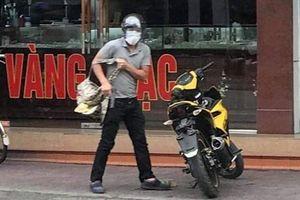 Vụ đối tượng bịt mặt cướp tiệm vàng ở Quảng Ninh: Công an cảnh báo người dân không tự ý truy bắt