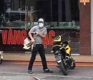 Con gái chủ tiệm vàng Quảng Ninh kể giây phút giằng co với tên cướp có súng