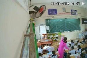 Cô giáo đánh mắng học sinh nghỉ dạy 1 tháng chờ kết luận