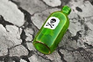 Hà Nội: Truy tố kẻ đầu độc 2 con rồi tự tử