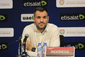 HLV Indonesia thừa nhận bị ép từ chức trước trận gặp Việt Nam