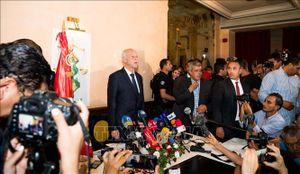 Chiến thắng áp đảo, giáo sư luật Kais Saied trở thành Tổng thống Tunisia