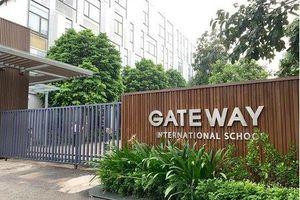 Khởi tố cô giáo chủ nhiệm vụ bé trai tử vong trên xe đưa đón học sinh trường Gateway