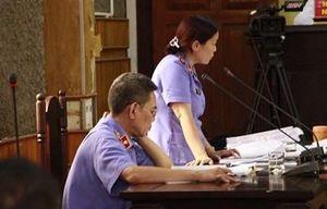 Xét xử gian lận điểm thi ở Sơn La: Làm rõ vai trò của hai cựu cán bộ công an