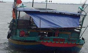 Quảng Bình: Tìm thấy thi thể ngư dân bị rơi xuống biển