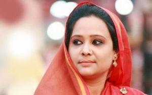 Nữ nghị sĩ Bangladesh thuê 8 người khác nhau để thi hộ mình