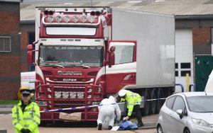 Nghi vấn băng đảng 'Đầu rắn' buôn người Trung Quốc sau vụ 39 người chết ở Anh