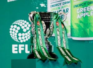 M.U và Man City dễ thở ở tứ kết League Cup