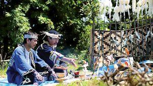 Nhật Bản tôn tạo văn hóa của người bản địa