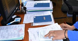 Bắt giữ nhiều đối tượng cho vay nặng lãi, mua bán, cầm cố sổ BHXH