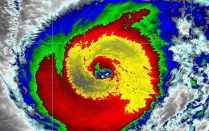 Siêu bão Hạ Long, mạnh bậc nhất lịch sử vệ tinh thời tiết