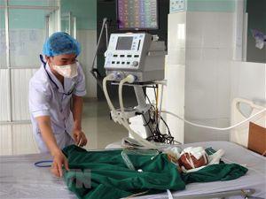Vụ nổ đầu đạn ở Kon Tum: Tiếp tục tích cực điều trị cho các nạn nhân