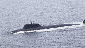 Tàu ngầm Nga tập bắn vào nhau, Mỹ có lạnh gáy?