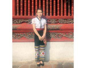 Ước mơ của cô sinh viên dân tộc Thái