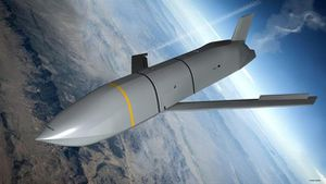 Tên lửa LRASM Mỹ sánh ngang Zircon?