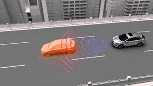 Hệ thống cảnh báo trước va chạm trên ô tô hoạt động như thế nào?