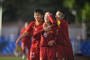 Đội tuyển nữ Việt Nam chia điểm trong ngày đầu ra quân