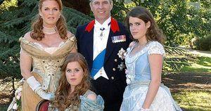 Tỷ phú ấu dâm từng dự sinh nhật công chúa Beatrice