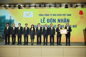 Bưu điện Việt Nam được tặng Huân chương Lao động hạng Nhì