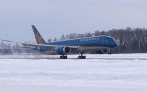Vietnam Airlines hạ cánh khẩn cấp tại Ấn Độ để cấp cứu cho hành khách bị đau bụng nghi do viêm bàng quang