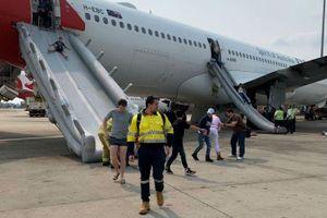 Một chuyến bay của Qantas phải sơ tán khẩn cấp