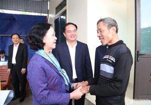 Trưởng Ban Dân vận Trung ương trao nhà tình nghĩa cho hộ nghèo tại Nghệ An