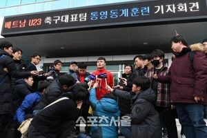 Quang Hải trả lời báo Hàn Quốc, ai cũng tấm tắc khen