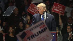 Nếu tái cử, chính sách kinh tế của ông Trump sẽ thế nào?