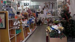Thị trường Noel ở Đà Nẵng vắng vẻ ảm đạm