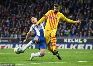 Barcelona bị Real Madrid cân bằng điểm số sau 19 vòng đấu