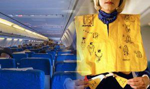 'Lỡ' xé vỏ áo phao trên máy bay, hành khách bị phạt 2 triệu đồng