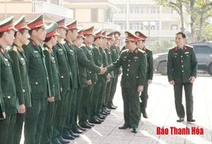 Tư lệnh Quân khu 4 kiểm tra, chúc Tết tại Bộ CHQS tỉnh Thanh Hóa