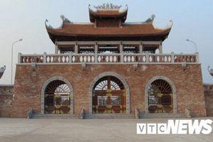 Có gì trong những ngôi mộ đắp to như núi ở Thái Bình?