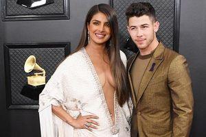 Ariana Grande, Jonas Brothers nổi bật tại Grammy 2020