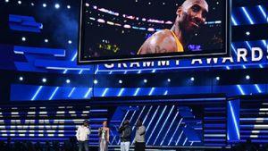 Nghệ sĩ ở Grammy nghẹn ngào tưởng nhớ huyền thoại Kobe Bryant vừa qua đời
