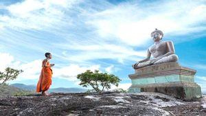 Đi chùa đầu năm ghi nhớ lời Phật dạy 'Ta không ban phước, không giáng họa cho ai…'