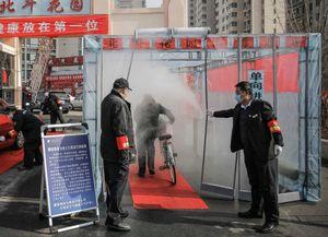 Trung Quốc kêu gọi trở lại làm việc, nhưng khắp nơi vẫn vắng lặng