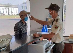 Phòng chống dịch bệnh COVID-19: Người lao động Trung Quốc được theo dõi chặt chẽ về sức khỏe