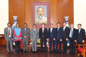 Bí thư Thành ủy Hà Nội tiếp Đại sứ đặc mệnh toàn quyền Ấn Độ tại Việt Nam
