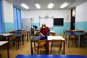Dịch Covid-19 bùng phát, Italia đóng cửa tất cả các trường học