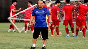 HLV Park Hang Seo dự khán V.League 2020 để tuyển quân cho ĐT Việt Nam