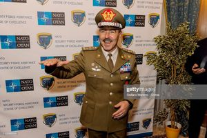 Tham mưu trưởng quân đội Ý nhiễm COVID-19