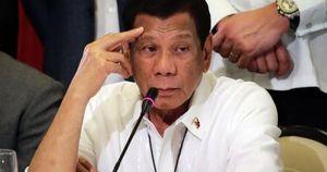 Covid-19 ở Philippines: Nhiều quan chức tự cách ly, ông Duterte 'tự xét nghiệm'