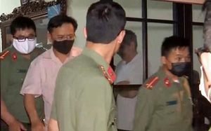 Vụ gian lận điểm thi Sơn La: Cựu Thượng tá công an 'đưa hối lộ' bao nhiêu tiền?
