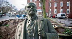 Dựng tượng Lenin nhân dịp 150 ngày sinh tại Đức