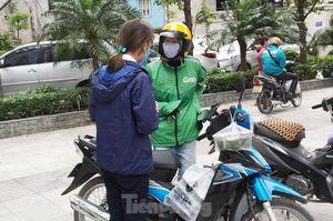 Grab dừng giao đồ ăn tại Đà Nẵng, vì sao vẫn hoạt động ở Hà Nội, TP.HCM?