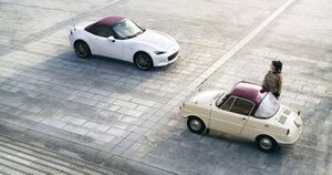 Mazda ra mắt bộ sưu tập xe kỷ niệm 100 năm