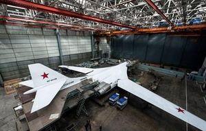 Nga lắp ráp máy bay ném bom chiến lược Tu-160M2 mới