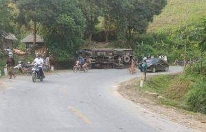 Người đàn ông tử vong khi nhảy ra khỏi chiếc xe tải mất phanh